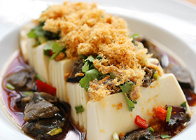 Chilled_Tofu_with_Century_Egg