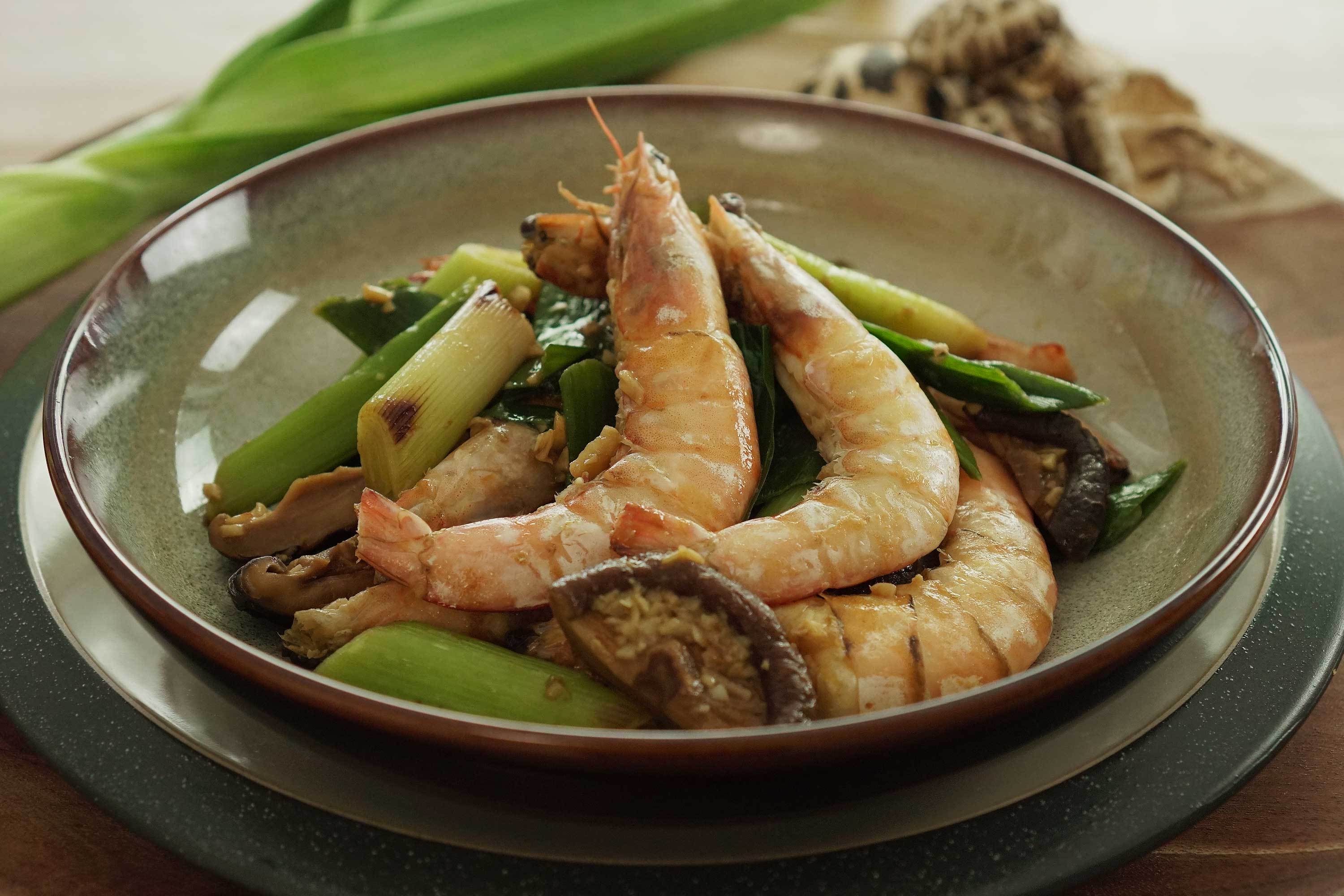Stir-fried Leeks with Prawns - 韭菜炒虾