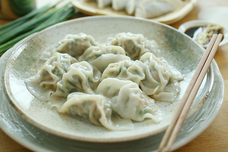 Pork and Chive Dumplings - 猪肉韭菜饺子