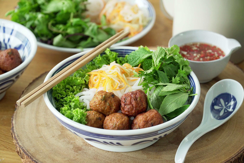 Fish Noodle Bún Chả - 鱼面Bún Chả